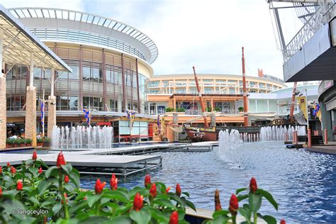 best shopping centers in 5 best shopping malls in phuket shopping dining