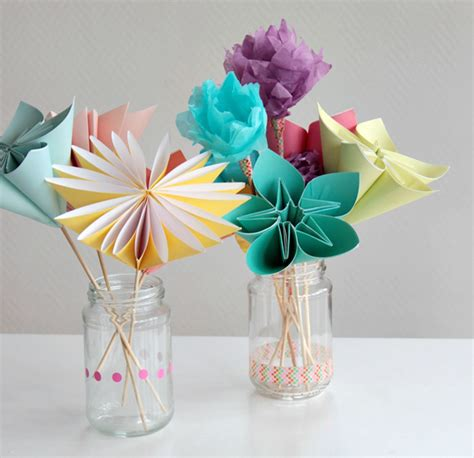Paper Flowers Crafts - make a bouquet of beautiful paper flowers for s day
