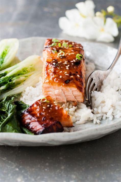 cuisiner pavé de saumon poele cuisiner pave de saumon poele 28 images recette pav