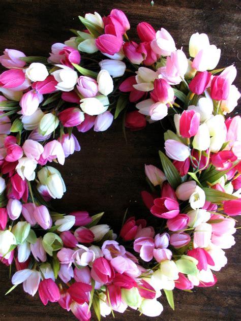 diy spring tulip wreath life love larson