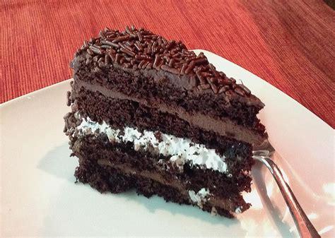 bolo prestigio chocolate coconut cake