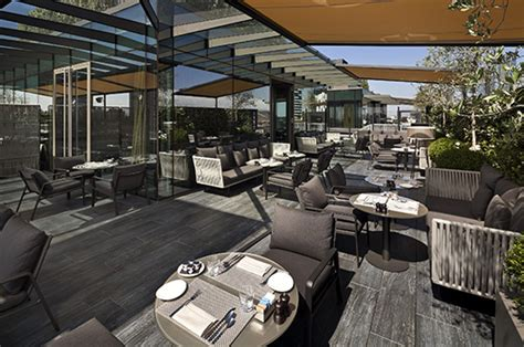 elegant terraces  outdoor spaces   hotel  milan