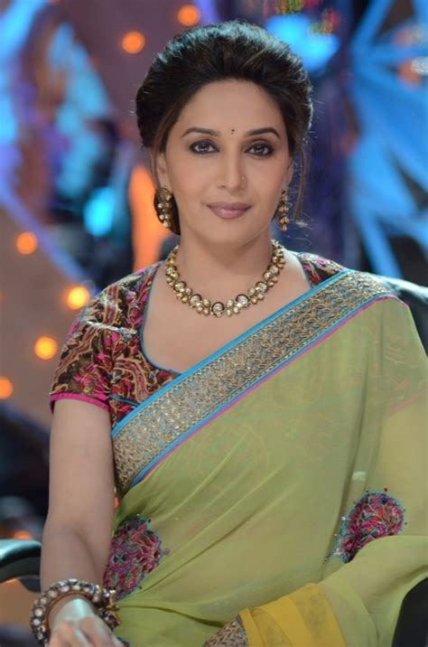 hollywood actress figure size list madhuri dixit measurements height weight bra size age