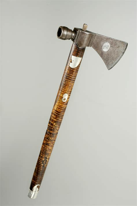 tomahawk tools a tomahawk with a past the