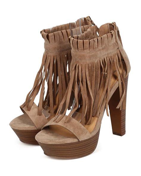 fringe sandals heels new breckelles bernice 03 suede peep toe fringe cuff