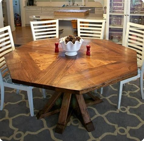 stunning octagon kitchen table  complete