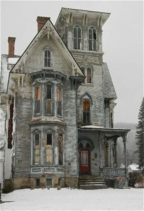 beautiful old houses beautiful abandoned old house beautiful homes pinterest