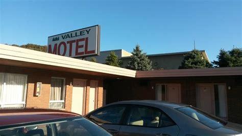 comfort inn harmarville pa comfort inn suites pittsburgh allegheny valley updated