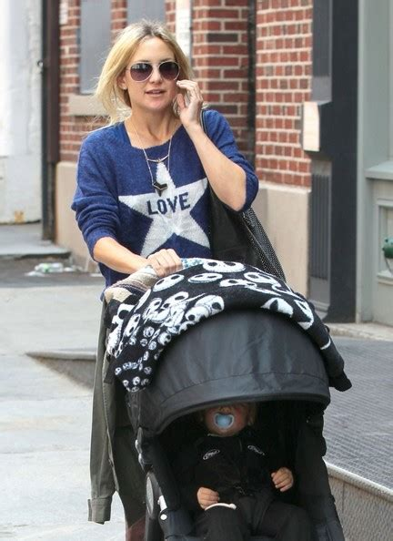 Kate Hudson Strolls In Soho With by Bingham Bellamy Photos Photos Kate Hudson And Boys
