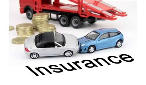 Pros and Cons of Comparing Car Insurance Policy Online