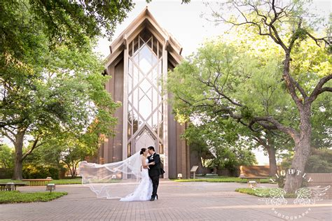 wedding chapel fort worth tx hillery and juan wedding at marty leonard chapel and city club lightly photography