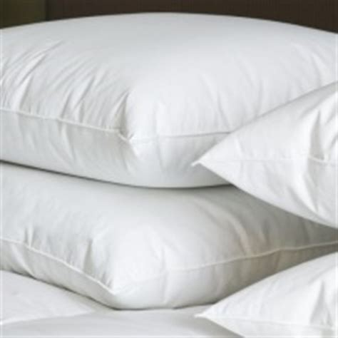 holiday inn bedding collection holiday inn express simply smart bedding collection