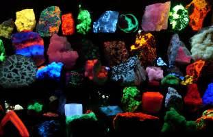 mineral color file fluorescent minerals hg jpg