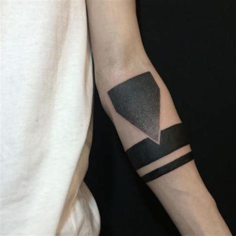 simple armband tattoo grey armband tattoo geometric arm tattoo on tattoochief com
