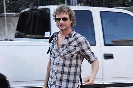 dierks bentley jeep dierks bentley a day in the life