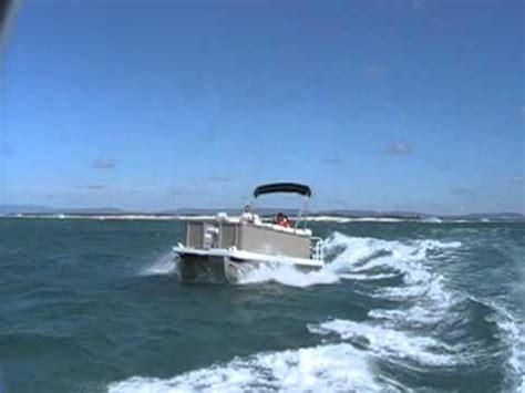 pontoon boats in rough water rb22 offshore test 120810 barnacle mod youtube