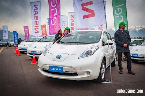 club de autos elctricos de chile la lenta carga de los nissan chile entrega a enel la flota m 225 s grande de autos