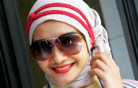 cara berhijab model 2014 kumpulan gambar cara berhijab artis indonesia gambar
