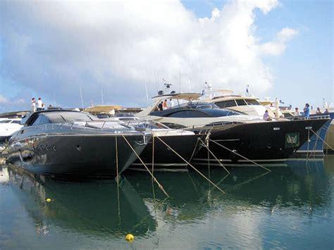 riva yacht genova riva 86 domino al salone nautico di genova