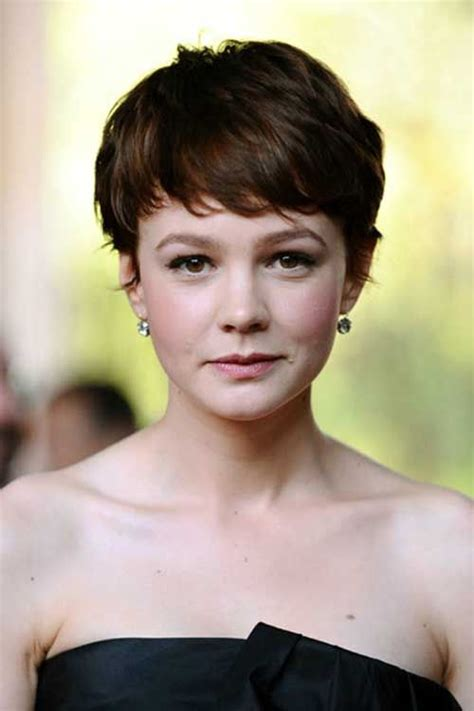 tan skin brown eyes pixie cut hair color love this color with the wispy feminine pixie cut quot 20