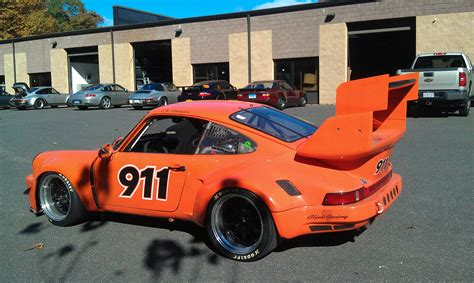 porsche race car 1976 porsche 911 rsr race car porsche 911 1976