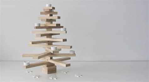alternativer deko weihnachtsbaum aus holz von raumgestalt