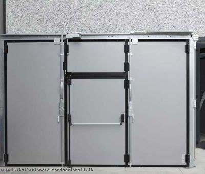 portoni sezionali laterali porte industriali con passaggio pedonale