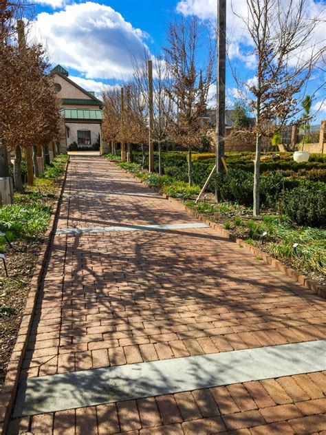 use clay pavers to define a pattern garden