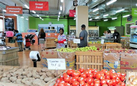 Daily Table Grocery Store by Nonprofit Grocery Store Daily Table An Oasis In A Food