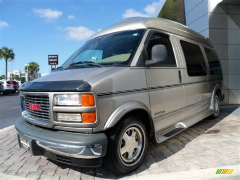 2002 chevy express van gmc savana 1500 2500 3500 factory 1996 1997 1998 1999 2000 2001 2002 gmc savana van 1500 2500 3500 5 and car photos