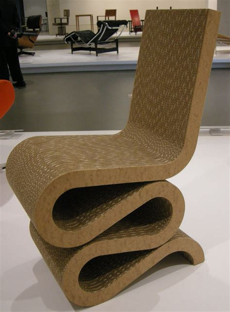 filengv design frank  gehry wiggle side chair
