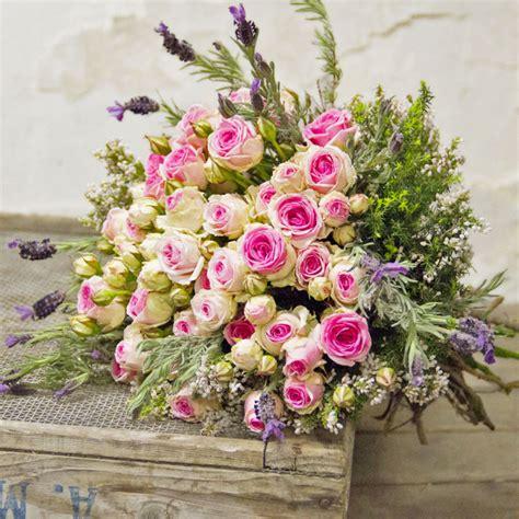 mazzi fiori compleanno bouquet di roselline mimi eden citt 224 dei fiori