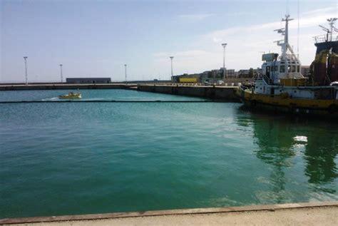 porto di corigliano bando rifiuti fi sindaco corigliano trascinato nella