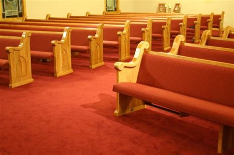 cost of church pews