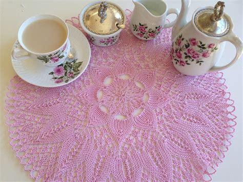 bone knit tea doily yarnosophy