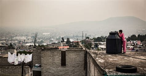 Nytimes Mexico City Mexico City Parched And Sinking Faces A Water Crisis