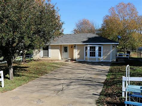 houses for sale in madisonville tx madisonville tx single family homes for sale 34 homes zillow