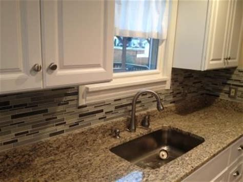 lowes kitchen tile backsplash kitchen backsplash tile lowes kitchen must s
