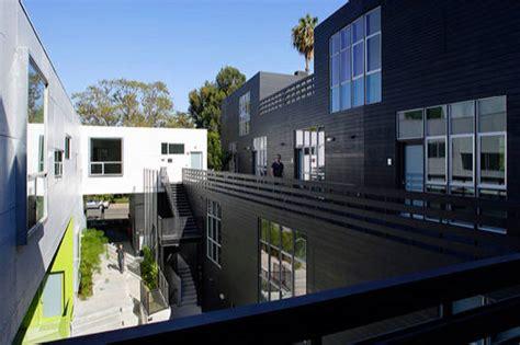 apartment courtyard habitat 825 a modern la apartment complex inhabitat green design innovation architecture