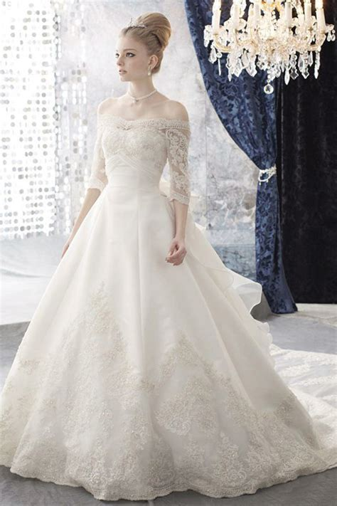 Royal Ball Gown Wedding Outfits with Long Sleeves for Brides   Weddings Eve
