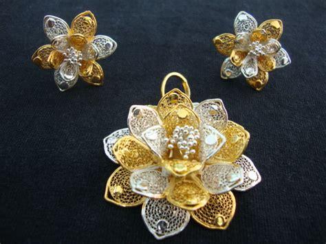 silver lotus flowers for pooja silver lotus flowers for pooja