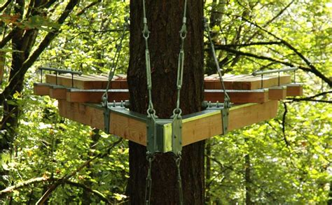 treehouse design software cantilevered contemplation platform is a treehouse retreat