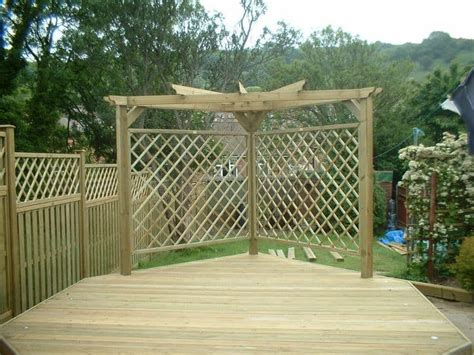 Trellis Fence Screening Top Screening Ideas For Your Garden Pyracantha Co Uk