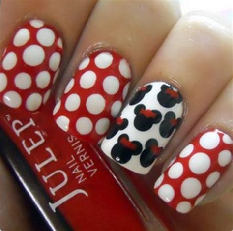 easy nail art collection 30 simple and easy nail art ideas