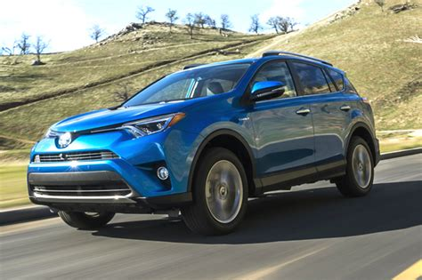 Toyota Rav 4 In India Price Facelifted Toyota Rav4 Unveiled Car News Suv