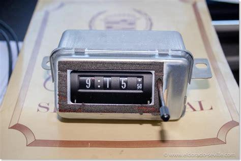 service manual repair clock light in a 1995 cadillac eldorado service manual hayes auto