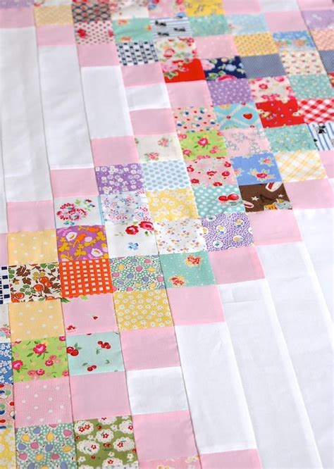 Chain Quilt Tutorial by Messyjesse A Quilt By Fincham Scrappy