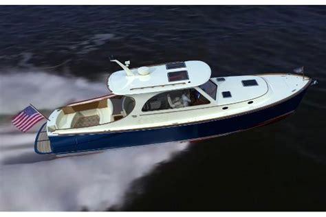 hinckley picnic boat nantucket sabre 40 flybridge fast fun fuel efficient boats