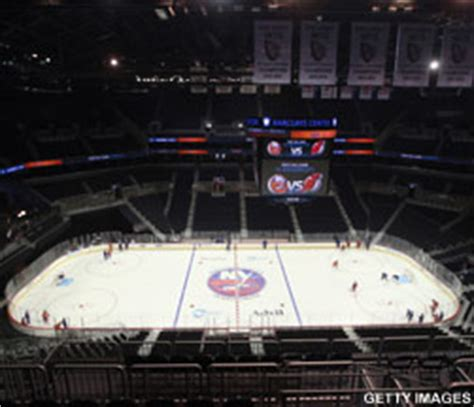 what is the seating capacity of barclays center islanders seating capacity at barclays center to be