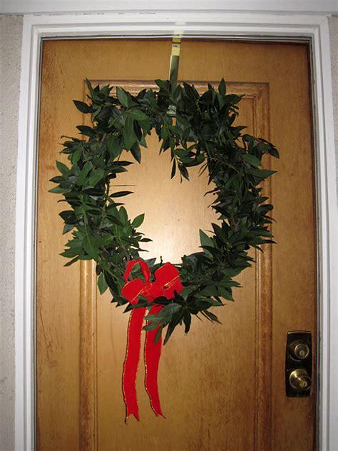 Handmade Door Wreaths - directory lenses make wreath